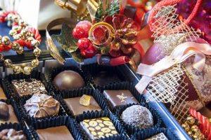 christmas-chocolate-hamper