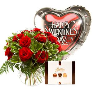 Valentines Day Delivery 12 Red Rose Gift Set Edinburgh Flower Shop