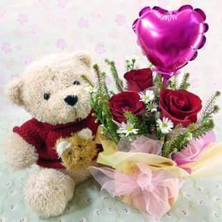 Valentine's Gift Hamper Delight get price