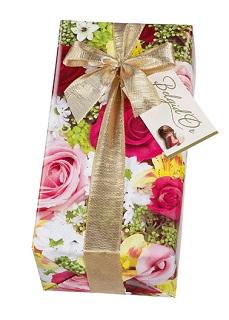 Flowers Gift wrapped ballotin of Belgian chocolates