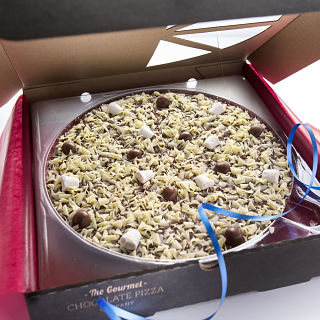 "Honeycomb & Marshmallow Chocolate 7"" Pizza"