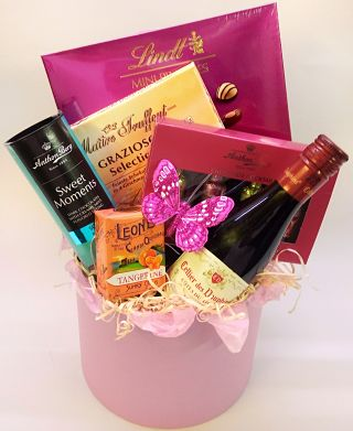 Pink Chocolate Indulgence Hamper