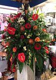 wedding-flower-venue-arrangements category