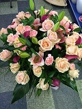 Peach avalanche with Pink callas arrangement
