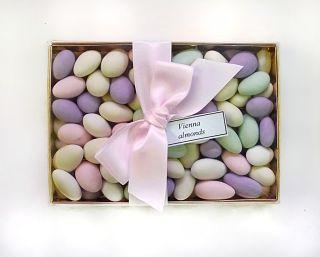 Vienna Almonds Gift Box