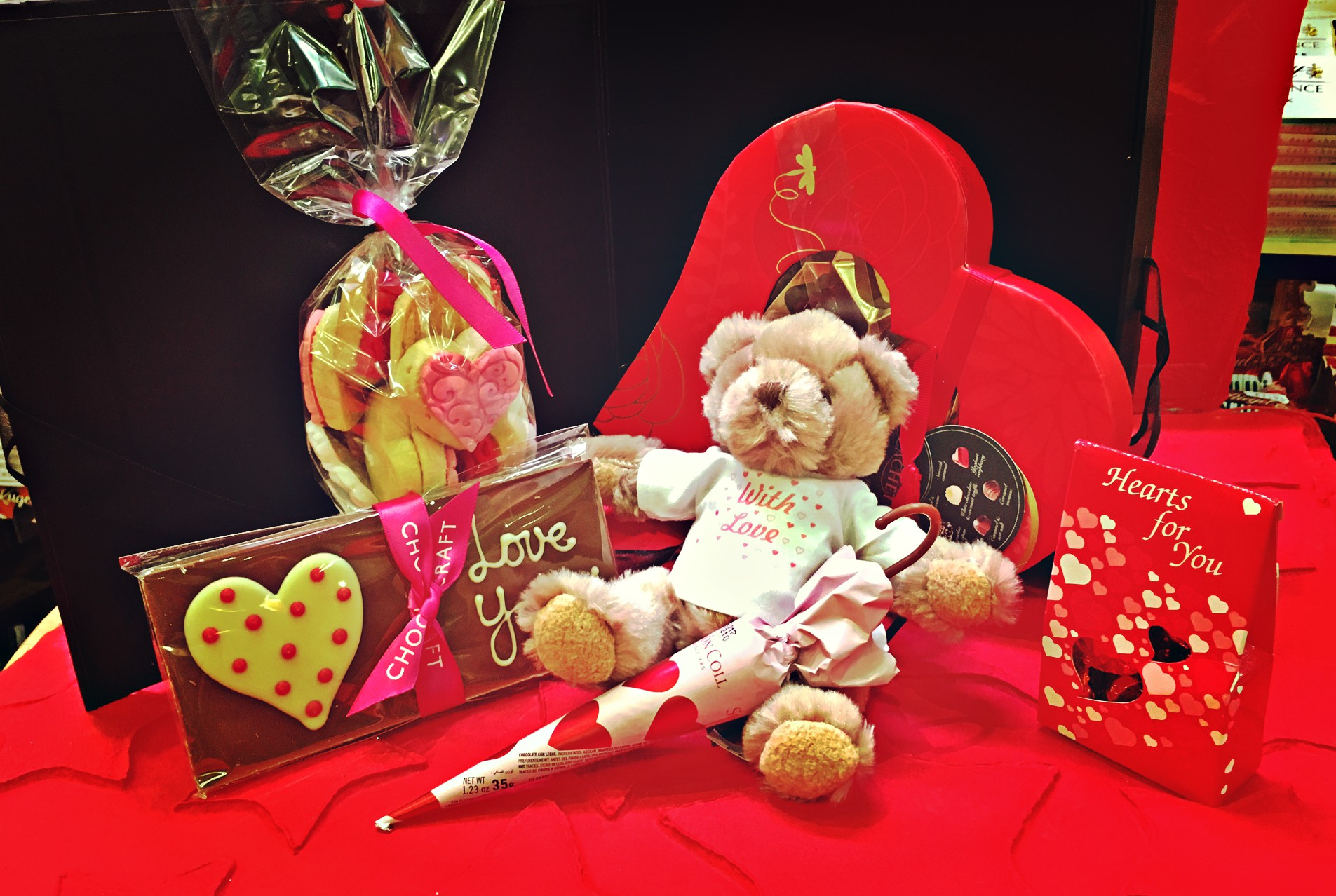 The Quintessential Love Hamper