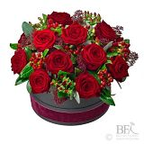 Medium Hat Box Rose Arrangement