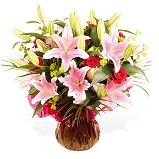 Pink oriental lily Rhapsody Hand-Tie Flower arrangement