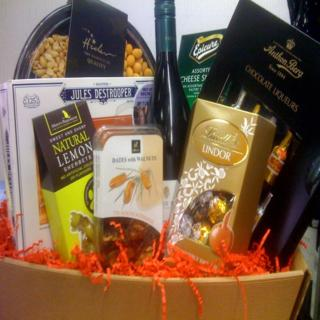 Sharing Collection Hamper