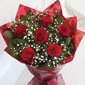 6 Passion Kisses Bouquet  with Red Wine